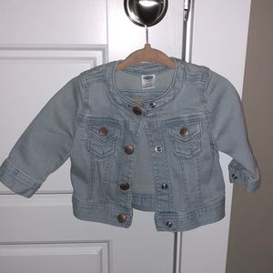 Worn once Old Navy size 3-6 month denim jacket